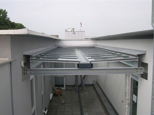 Einbauen einer Raucherraumüberdachung in Pforzheim