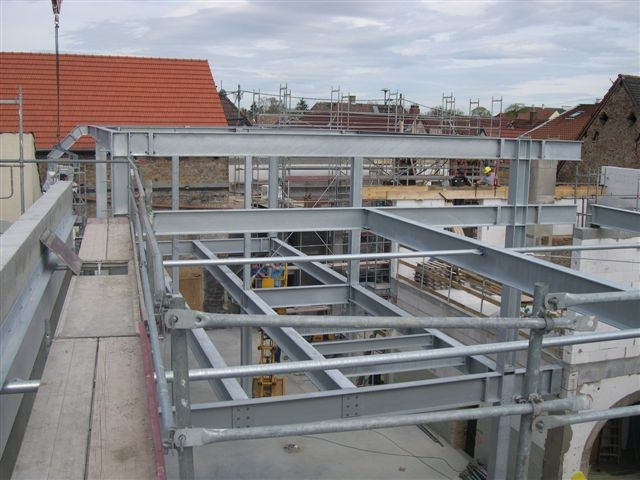 Neubau einer Wein Lagerhalle in Neustadt