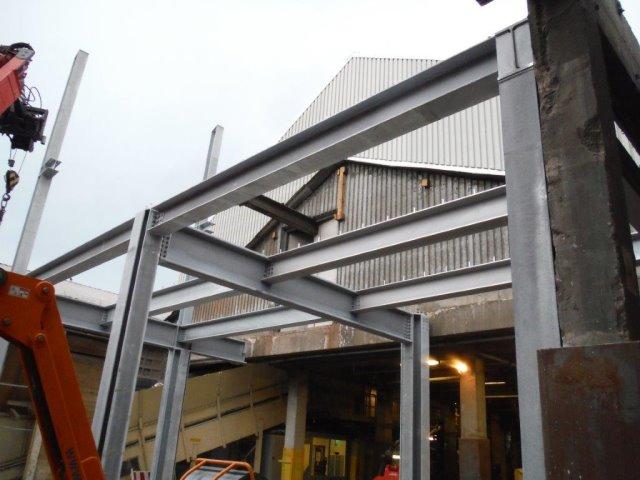 Zwischenbau bei der Firma M-M Karton in Gernsbach mit Zwischendecke