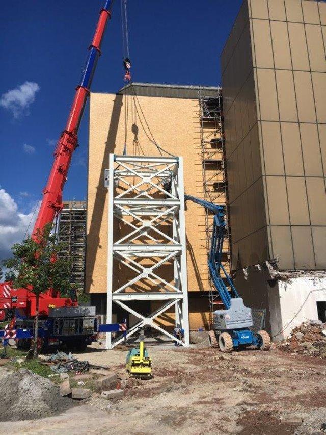 Anfertigen und Montage eines Aussteifungs-Turms in Lossburg, Gewicht 35 Tonnen