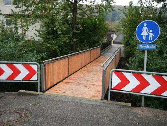 Fußgängerbrücke Königsbach-Stein