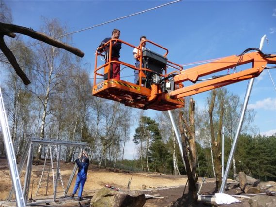 Bau der Unterkonstruktion im Serengeti Park Lüneburger Heide Leopardenkäfig