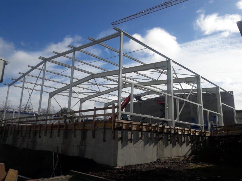 Neubau einer Halle in Engelsbrand Stahlbau Haist