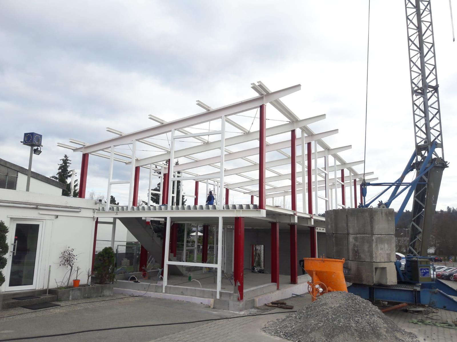 Errichtung einer Halle mit Verbunddecke für ein Autohaus in Nufringen