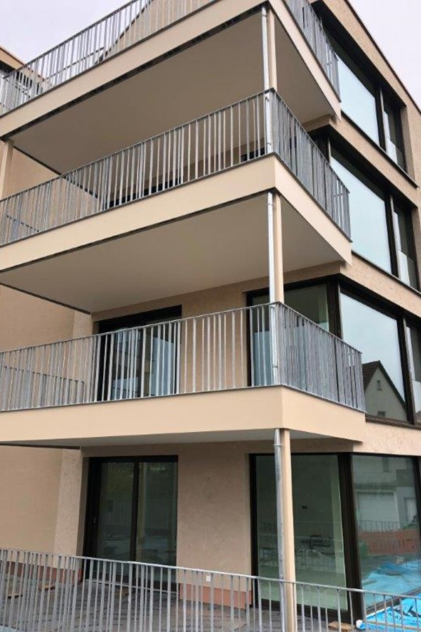Balkonanlage an einem Mehrfamilienhaus Stahlbau Haist